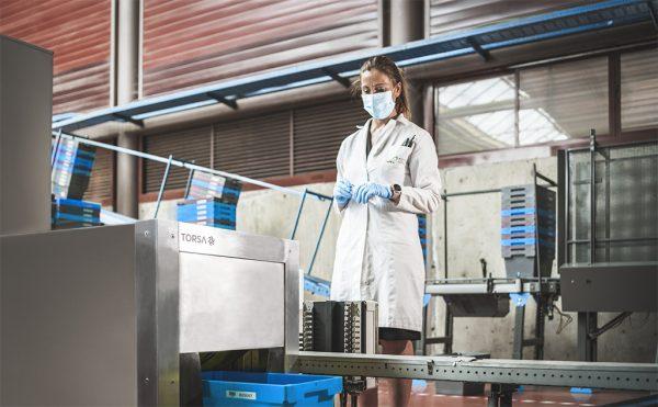 Ensayo microbiológico de PYROS en almacén logístico farmacéutico